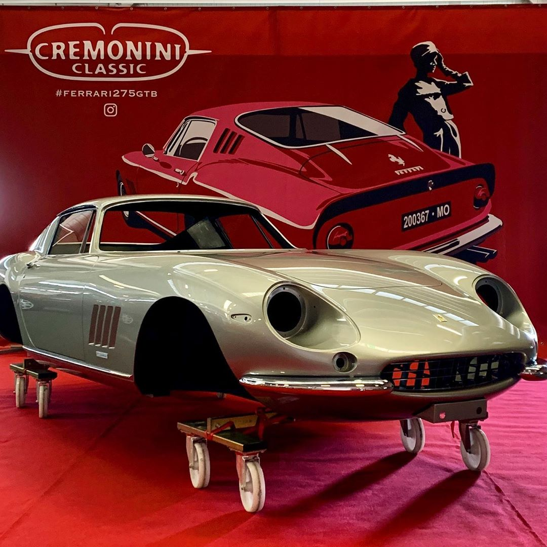 We are glad to welcome you to Modena Motorgallery and to present the 21st Ferrari 275 Berlinetta Cremonini Classic has worked on. Happy weekend to All! – – –