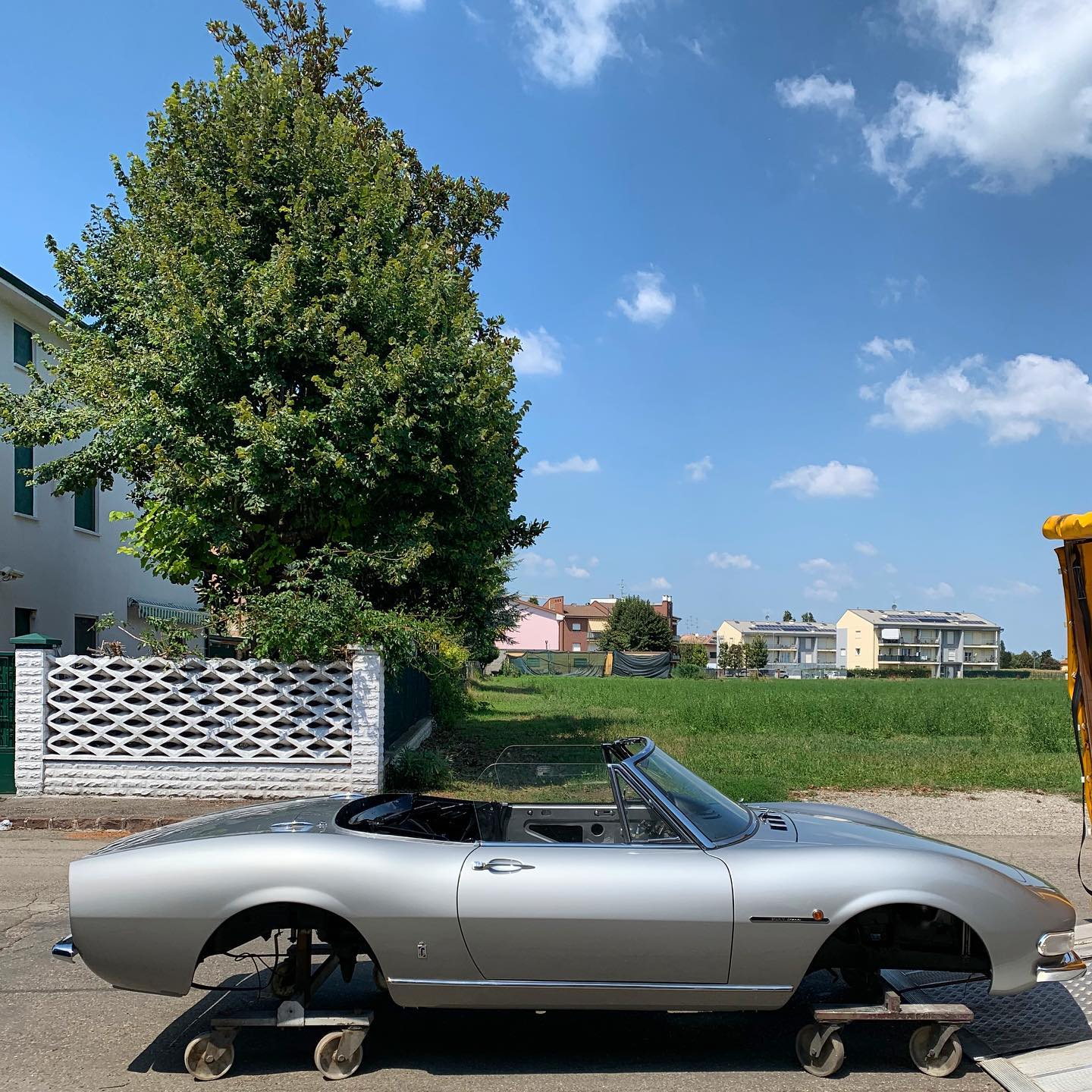 I like the shape of the Fiat Dino and the Grigio Indianapolis emphasizes the clean and curvy lines of Pininfarina design. Another Italian beauty ready for the trim shop and soon back on the road! – – – #pininfarina #italianstyle #fiatdino #fiatdinospider #sixtystyle #cremoniniclassic #ilovemyjob