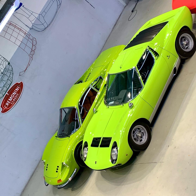 Fifty shades of green 🤪 @nikihaslerferrari @kidstonmotorcars #lamborghini #miura #miurasv #ferrari #ferraridino246gt #dino246gt #ferrarifryday #staysafe #doosetdaram #italianstyle #madeinitaly #50shadesofgreen